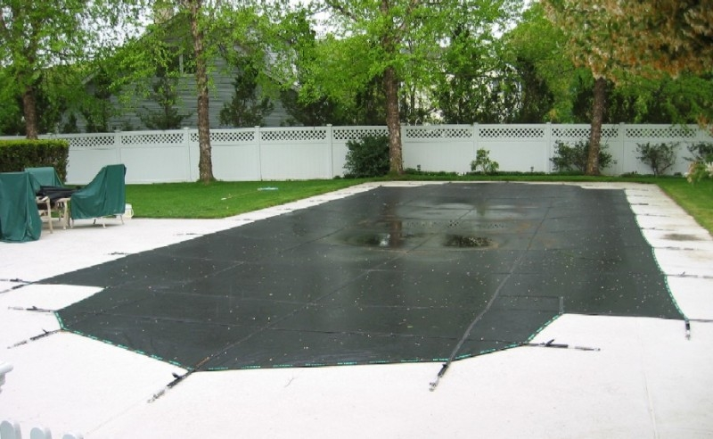 Pool Cover - Roman End